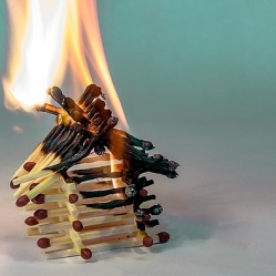 fire-2086388_640